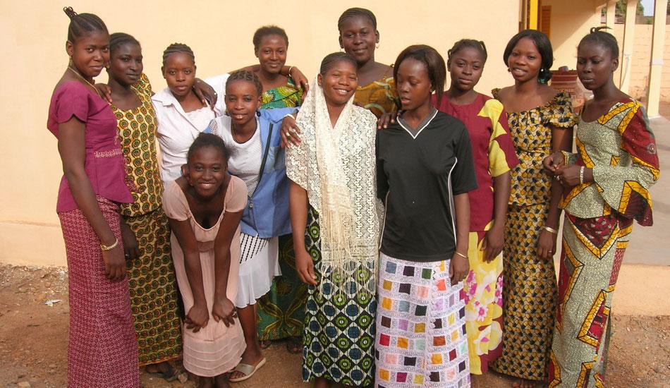 Die Auszubildenden am Tag der Eröffnung. Einige Tage später zogen sie in ihr neues Zuhause um.