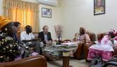 Im Gespräch mit der der Ministerin für Frauenfragen,Madame Maiga SinaSamba.