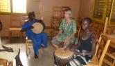 Rituale, die Johanne mit den Kindern gestaltete, folgen einem Rhythmus.