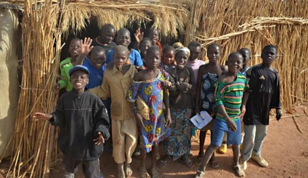 Strohschule auf dem Weg vom Dogonland nach Djenné.