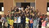Die Klasse 2A der neu erbauten Grundschule in Youré.