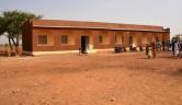 Das Schulgebäude.