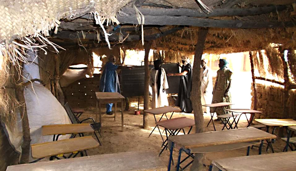 Ursrpüngliche Behelfsschule in Barbé Plateau