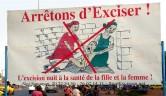 Auch ein Thema beim Gesundheitsunterricht von Dr. Oumou Traoré: die traditionelle Beschneidung von Mädchen.
