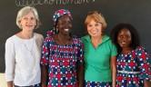 Gudrun Eisermann, Omou Traoré, Ulrike Dassler und die Direktorin Binta Ongoiba.