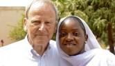 Tenin ist die älteste von 10 Kindern einer extrem armen Familie. Bei dreien der Kinder wird von uns der Schulbesuch durch Patenschaften gefördert.